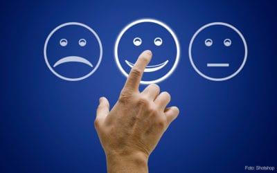 Hohe Zufriedenheit von Patientinnen und Patienten im Orthopädievertrag