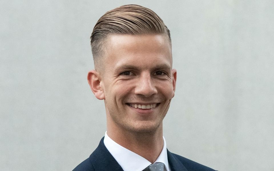 VERAH Andrea Schreiter aus Pforzheim entlastet ihren Chef Dr. Peter Engeser durch die Übernahme von Routinehausbesuchen.