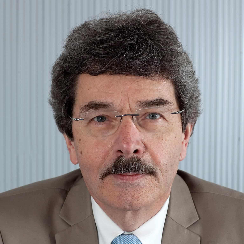 Dr. med. Hans-Michel Oertel