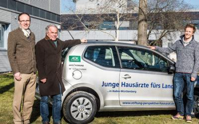 """""""Junge Hausärzte fürs Land"""" – erstes PJmobil in Freiburg übergeben"""